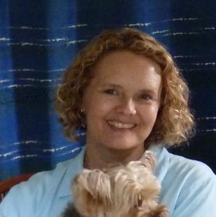 Lindsey McDivitt headshot